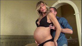 Imagen Embarazada caliente disfrutando de sexo vaginal y anal