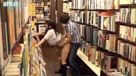 pornogaygratis follando en la biblioteca